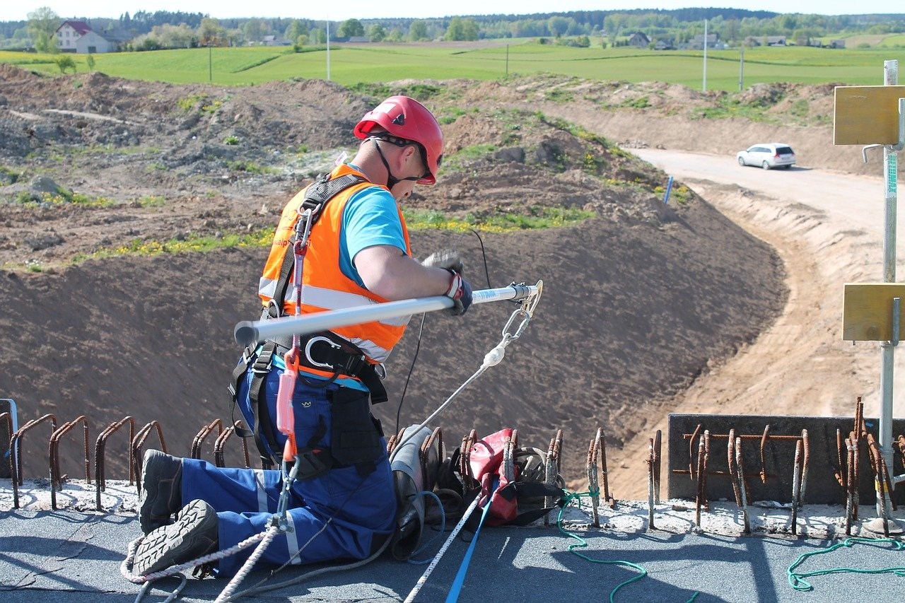 Szkolenie wstępne bhp online dla pracowników budowlanych