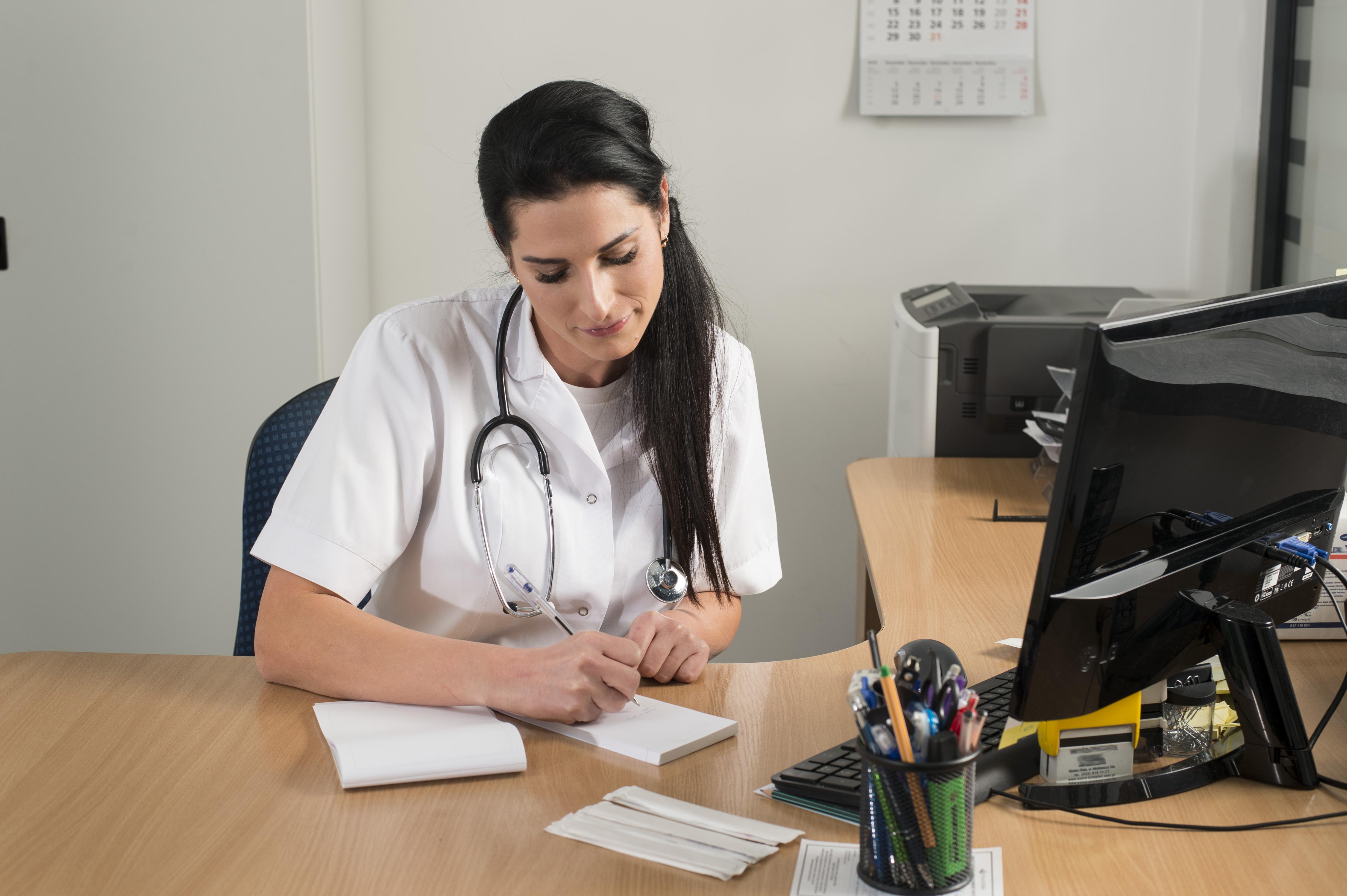 Szkolenie okresowe bhp pracodawców i innych osób kierujących personelem medycznym