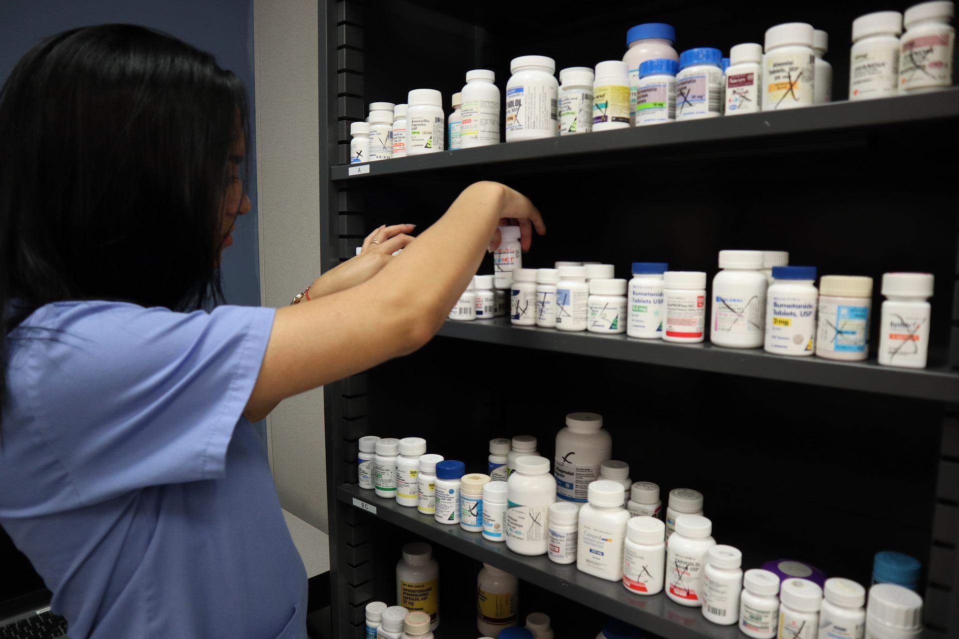 Szkolenie okresowe bhp pracodawców i innych osób kierujących pracownikami w aptekach i branży farmaceutycznej